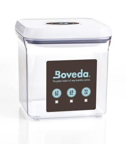 BOVEDA 2.4 QUART SQUARE OXO RETAIL DISPLAY - WITH STICKERS